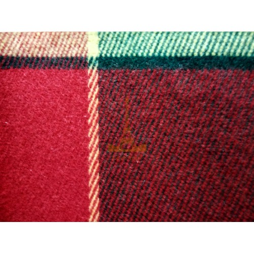 Plaid woolen Elf yellow-red-green Love You Wool