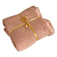 Waffle bedspread with frill Piqué beige HomeBrand