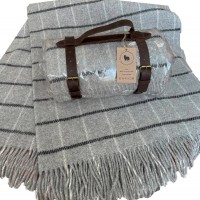 Woolen travel plaid 130 * 180 Gray cage Love You